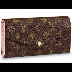ISO!! Louis vuitton sarah wallet!